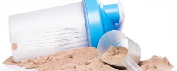 Кога трябва да приемаме протеинов шейк?